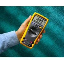 Multimetru digital Fluke 175