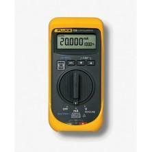 Calibrator de semnal unificat Fluke 705